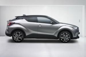 2017-Toyota-C-HR-01