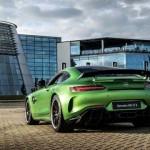 Mercedes-AMG-GT-R-00084-696x465 -