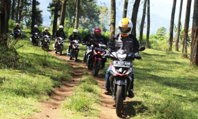 All New Honda Supra GTR 150 gathering