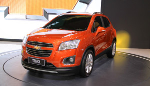 Chevrolet-Trax-SUV-front-three-quarter-at-the-2015-Gaikindo-Indonesia-International-Auto-Show-GIIAS-2015